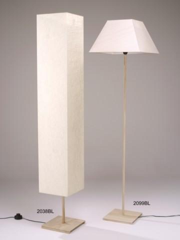 Lámpara-de-pie-de-hierro